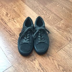 Vince. Lace up dark gray platform sneakers size 5